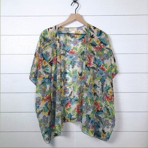 Band of Gypsies • Hawaiian Floral Kimono Small Med